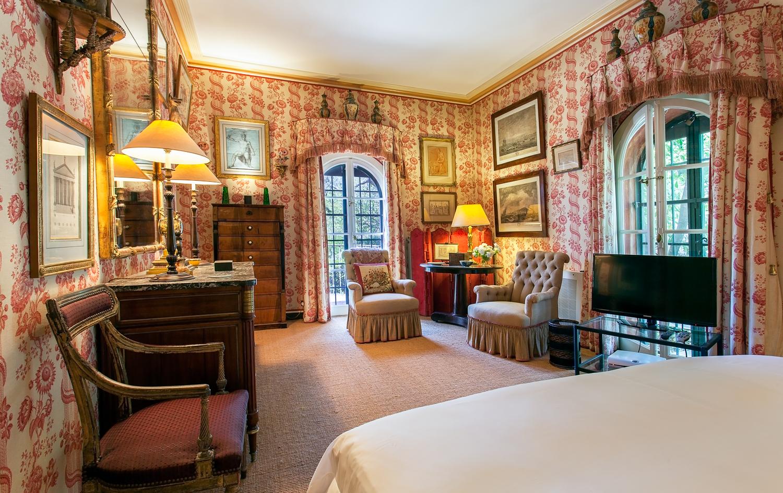 La Casella Red Room